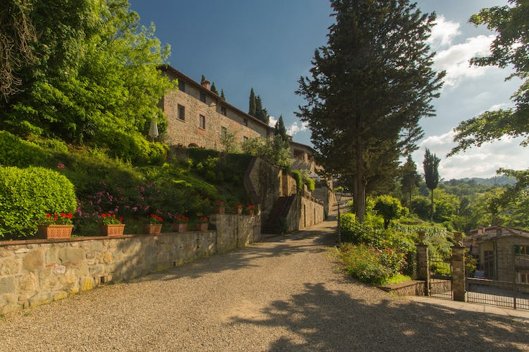 Residence Il Gavillaccio and hilltop towns in Tuscany