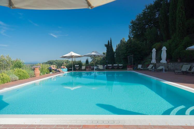 Residence Il Gavillaccio - la piscina gode di uno splendido panorama e ha la WiFi