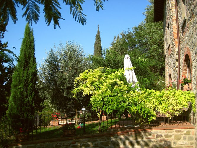 Residence Il Gavillaccio - guests at the self catering holiday apartment rentals will enjoy the garden