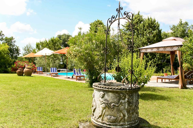 Sant Andrea Cellole - Well maintained gardens