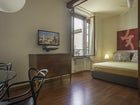 Serena DesignApartmentFlorence - Bedroom Fan & AC for comfort