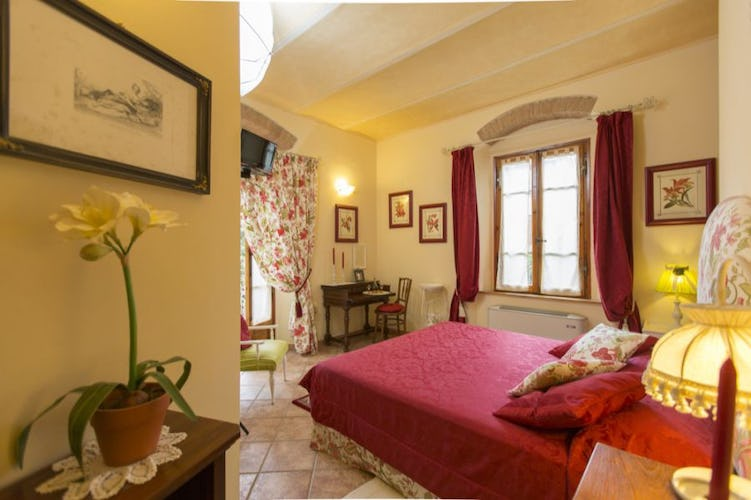 Each room has WI FI access at the B&B Villa Alba