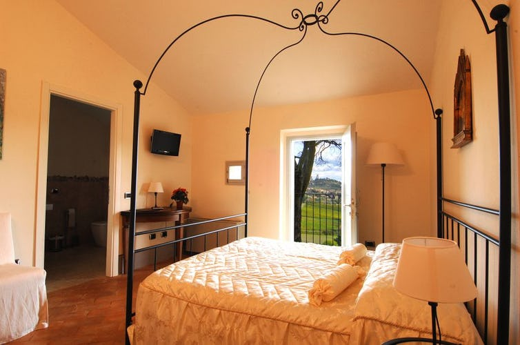 Romantic touches make each room special at Villa Arnilù