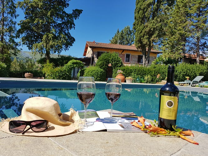 Villa Cafaggiolo - A glass of wine, a Tuscan panorama and lots of relax