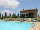 Piscina e solarium Villa Corsanello