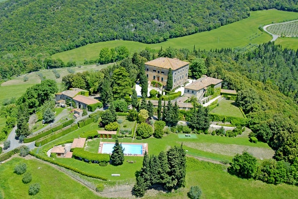 Villa Ulignano - Nella Compagna della Toscana