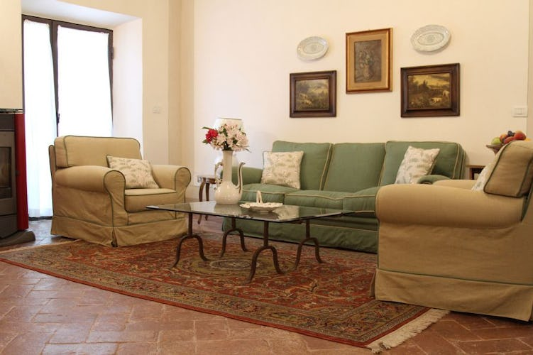 Loft Rondinelle is a independent self catering apartment.