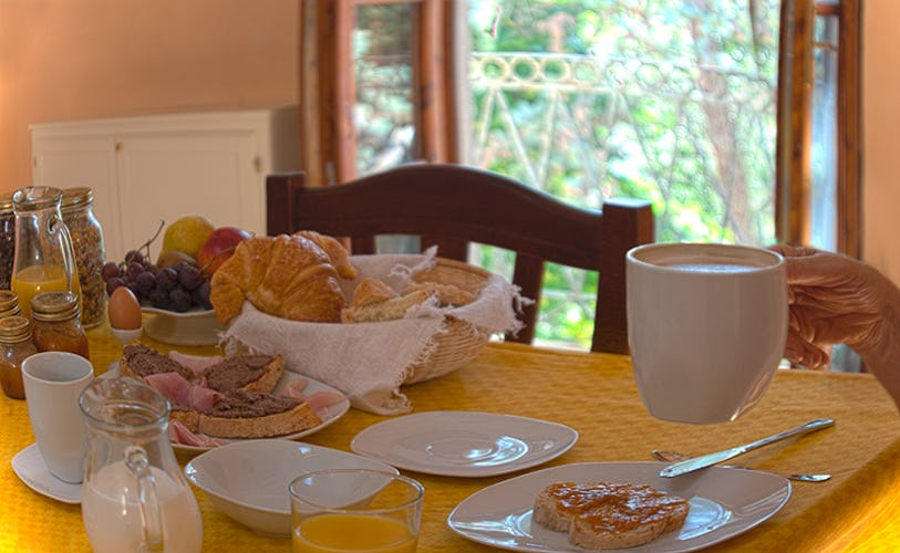 You will be delighted with a full continental breakfast