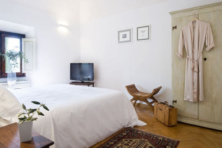 Villa I Barronci: All rooms have AC and a Flat screen TV
