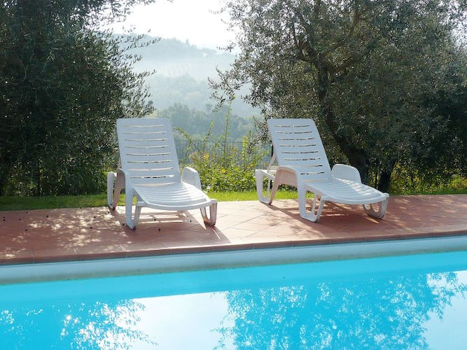 Enjoy the countryside, fresh breezes & panoramic pool at Villa i Lami