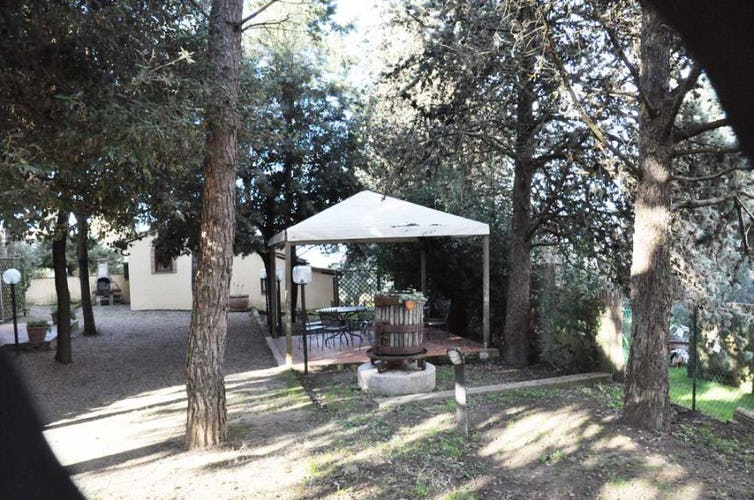 Villa Leoni has a private garden with lots of shade & picnic areas
