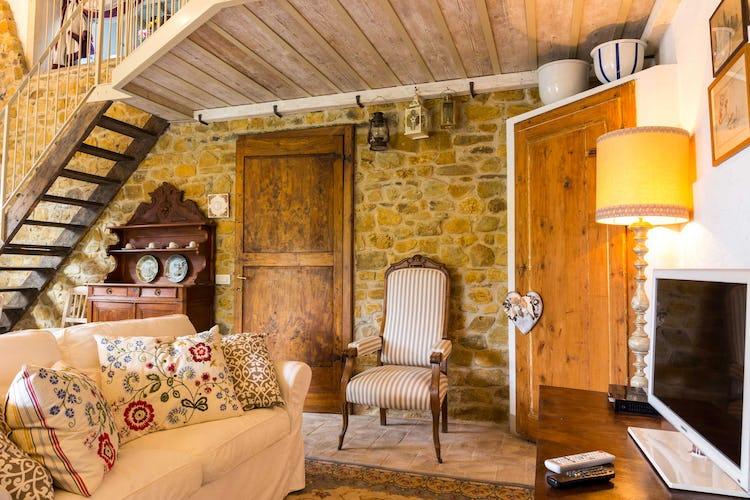 Villa La Fonte - Caratteristiche architettoniche tipiche toscane, come le pietre a vista